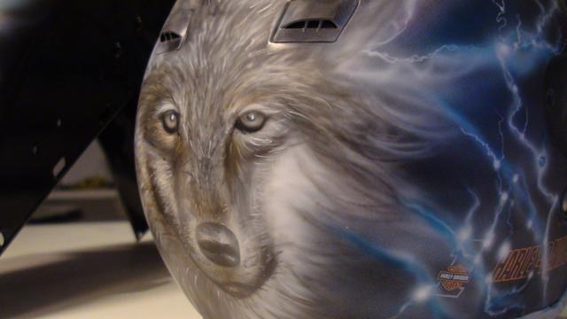 Loup réalisé à l'aérographe