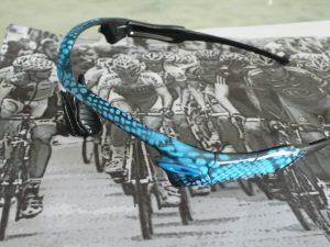 Lunette Radar Okley cadrillée bleu et noir