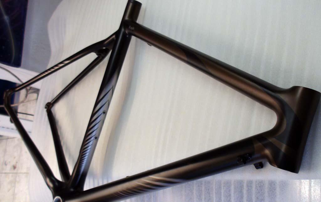 cadre v lo cycliste personnalis raymond planchat peintre a rographe cours de peinture vente. Black Bedroom Furniture Sets. Home Design Ideas